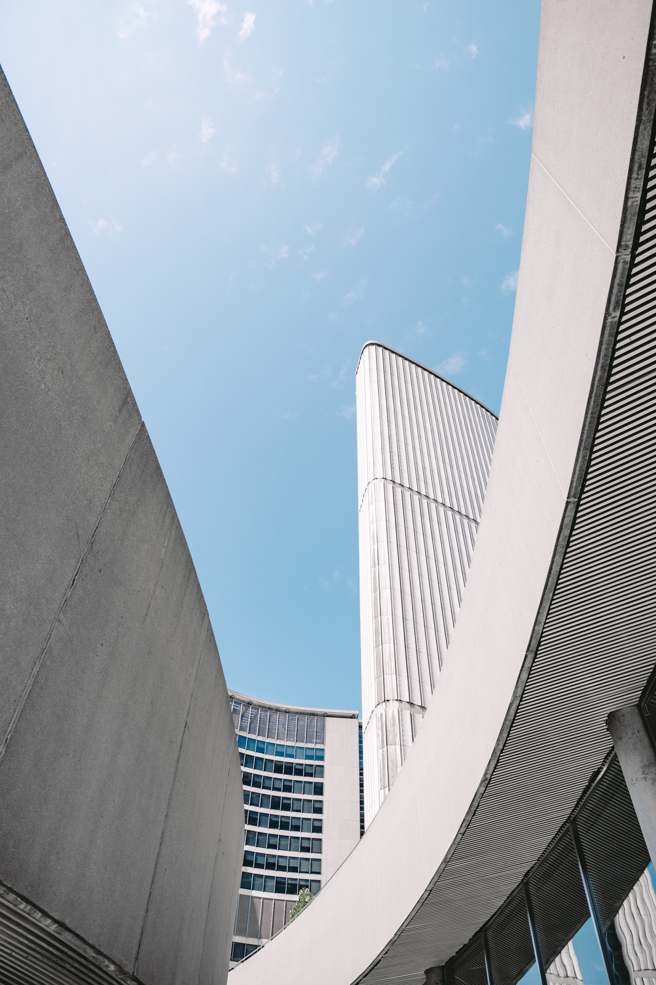 Shape and Form of Architecture at Toronto City Hall