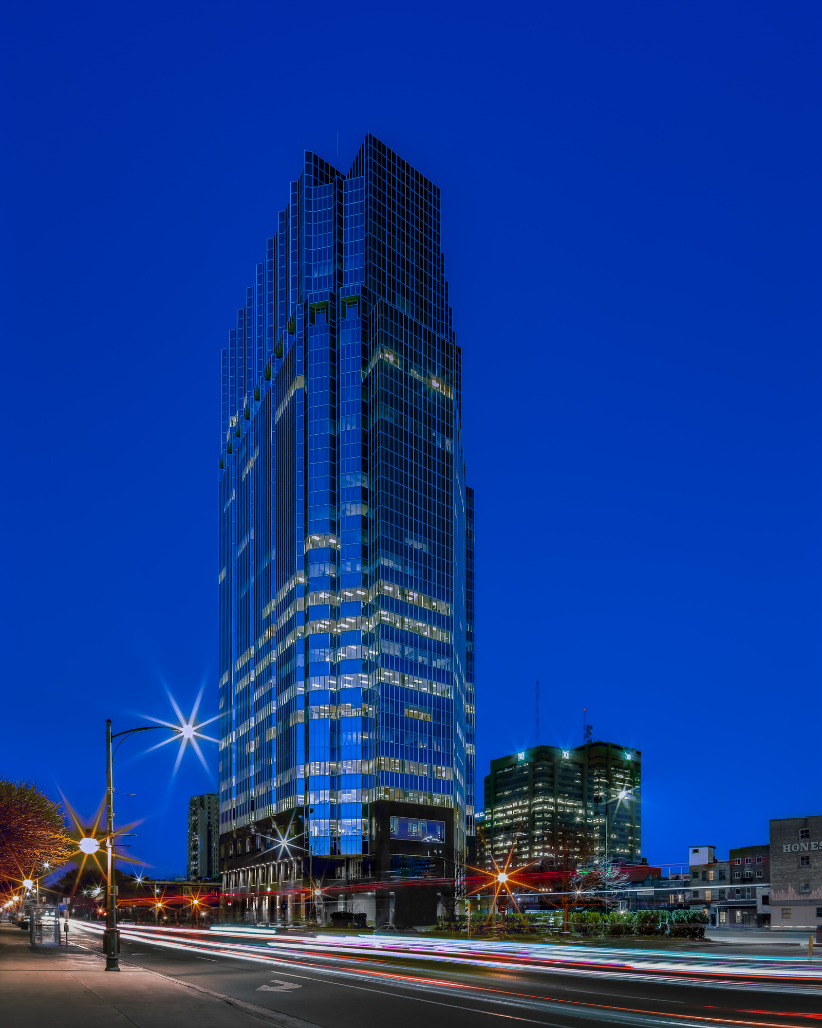 Photo of 1 London Place in Downtown London at night